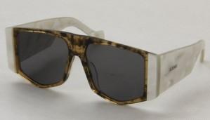 Okulary przeciwsłoneczne Loewe LW40026U_5614_52F